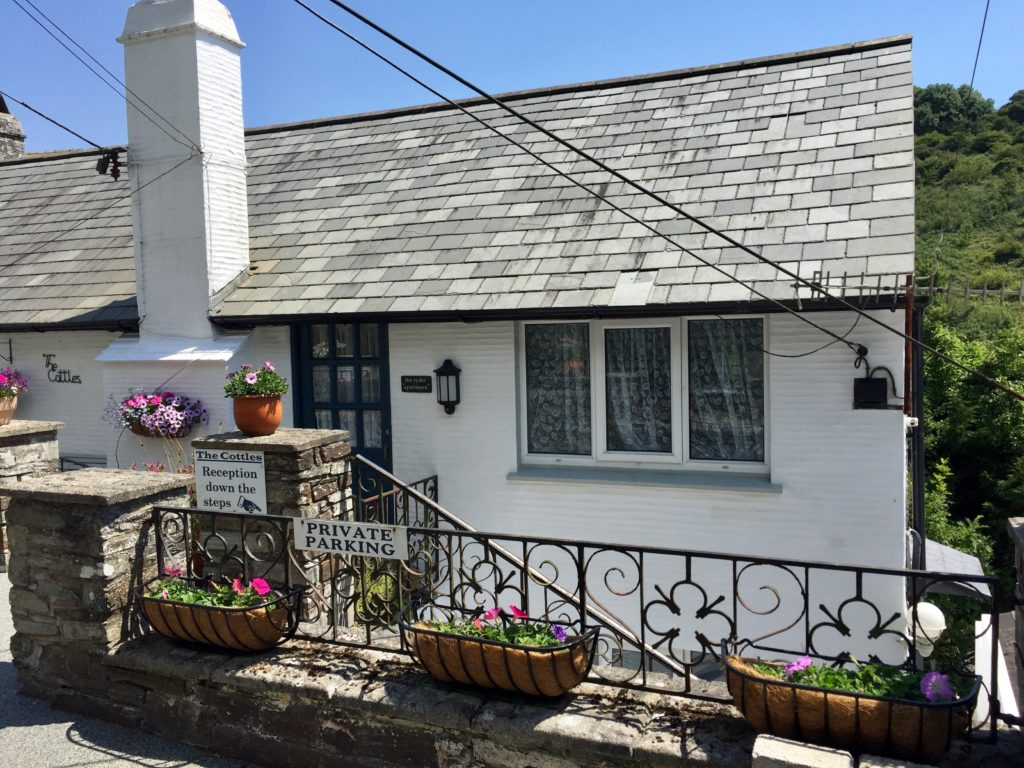 Exterior of The Ryder apartment, Polperro